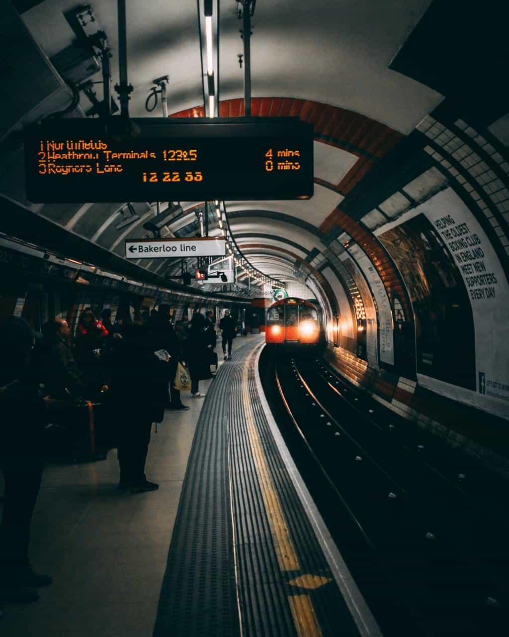 полети варна лондон 2 - Евтини полети Варна Лондон
